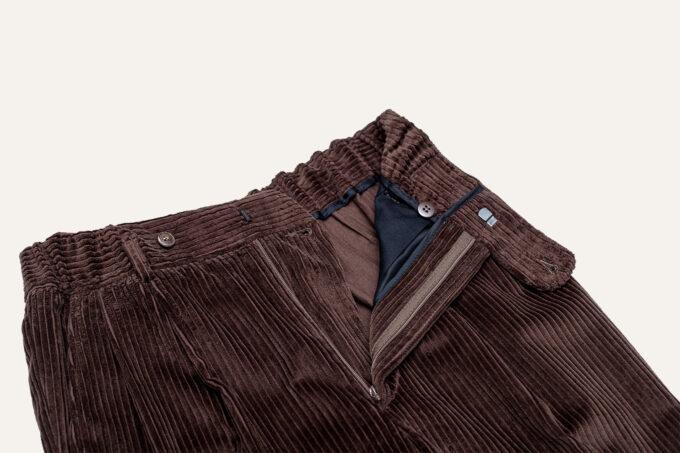 details ceinture pantalon marron velours athi editions