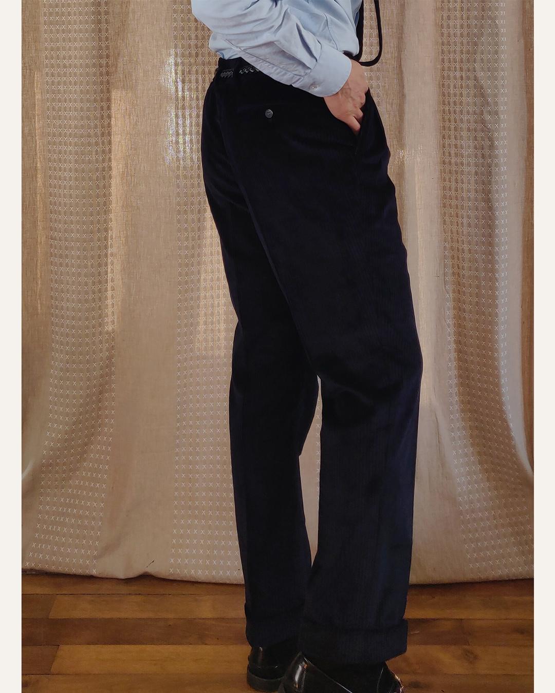 Pantalon velours bleu nuit